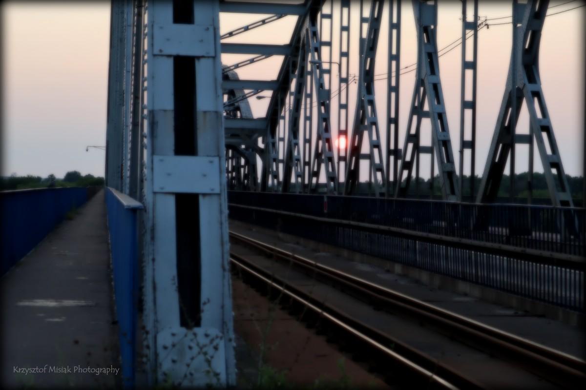 Krzysztof  Misiak …. mostem na zachód … 54°20′23″N19°13′47″E